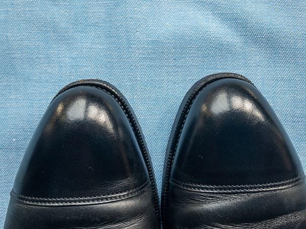 銀浮き 水ぶくれ 革靴